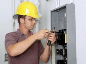 Как найти хорошего электрика?